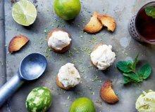 Mrożony jogurt na ciastkach maślanych - ugotuj