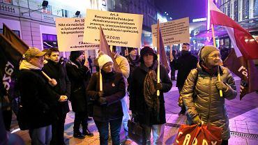 Pikieta partii Razem w Katowicach