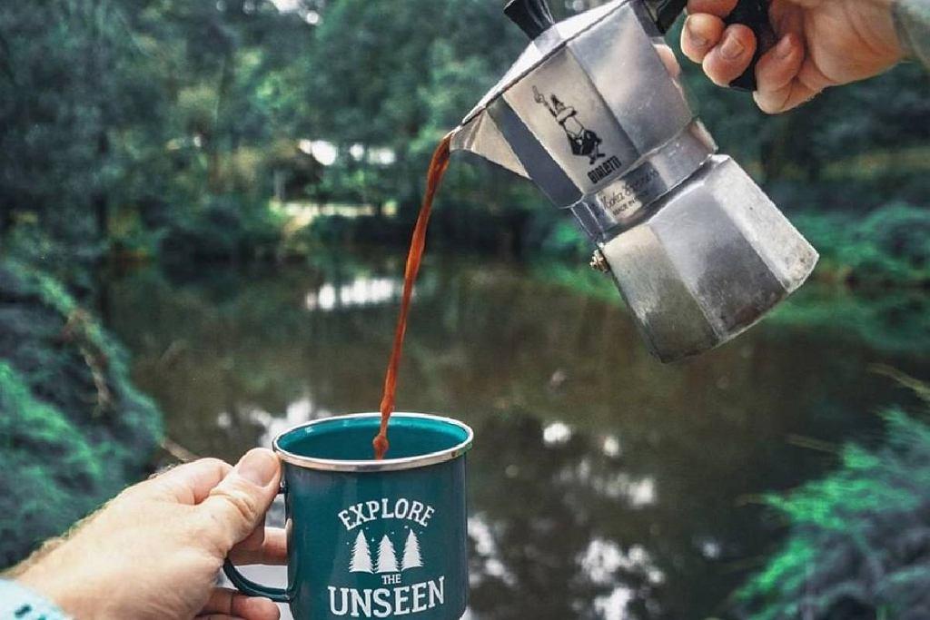 W tych prostych kawiarkach zaparzysz przepyszną kawę