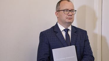 Rzecznik praw obywatelskich Adam Bodnar podczas konferencji prasowej. Warszawa, 28 lipca 2020