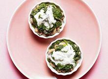 Szpinak z pieczarkami i serem gorgonzola - ugotuj