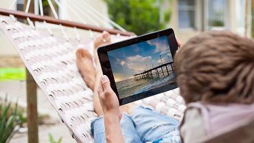 Na wakacje z tabletem? W 2013 roku w niektórych miejscach nie będzie to możliwe! / fot. Shutterstock