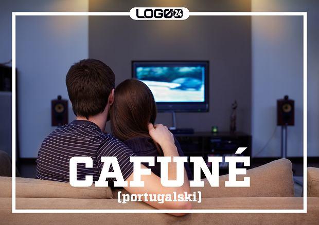 Cafuné (portugalski) - gładzenie włosów ukochanej osoby.
