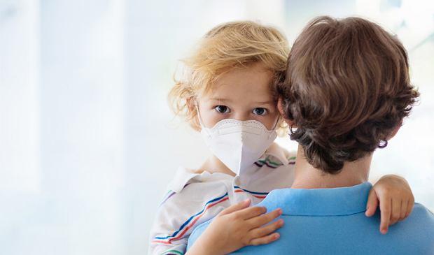 W Nowym Jorku stwierdzono 15 przypadków rzadkiej choroby u dzieci, prawdopodobnie powiązanej z COVID-19