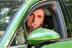 Marcin Gortat w samochodzie