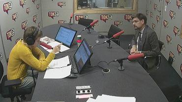 dr Paweł Marcisz w studiu TOK FM.