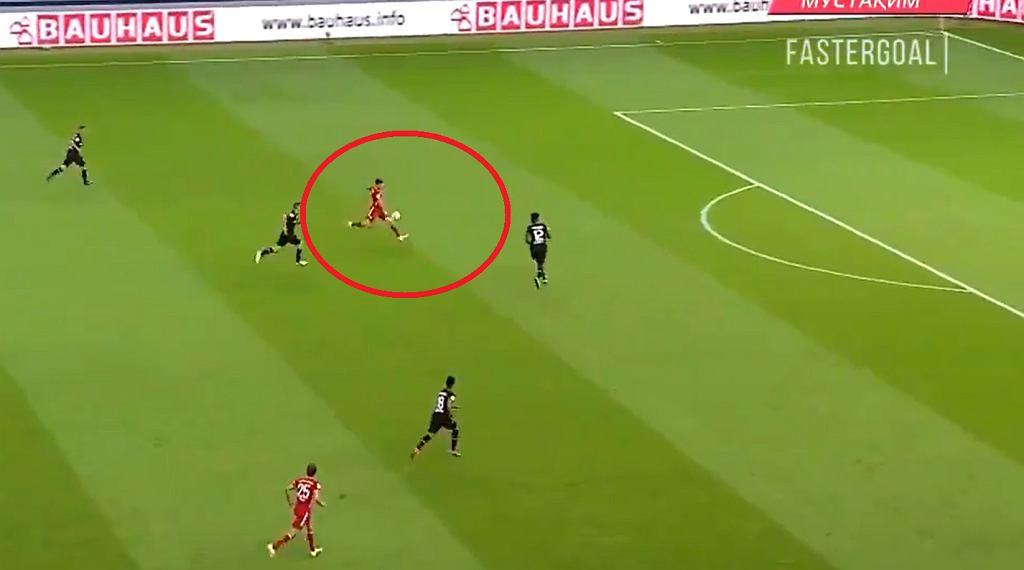 Lewandowski - gol numer 50.