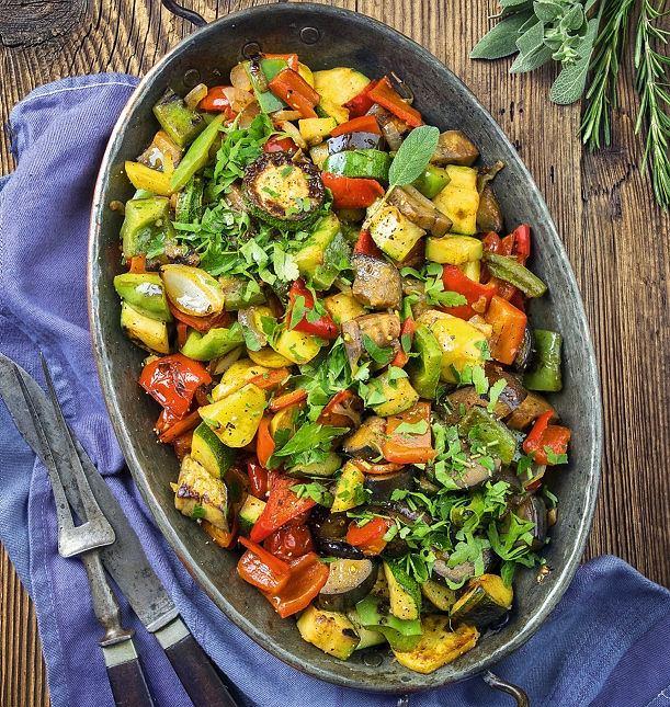 Rattatuja (ratatouille), czyli duszone warzywa