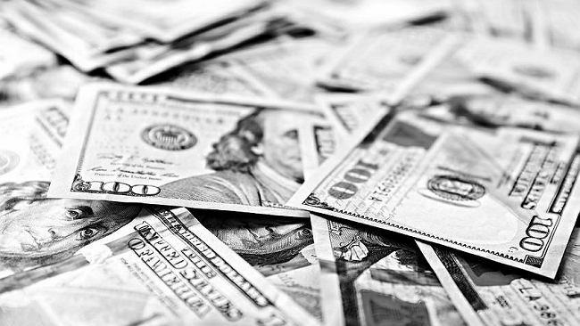 Średni kurs walut NBP - 13.08. Euro, dolar i frank idą w górę [kurs dolara, funta, euro, franka]