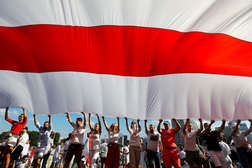 Protest przeciwko Łukaszence w Mińsku, 16 sierpnia 2020.
