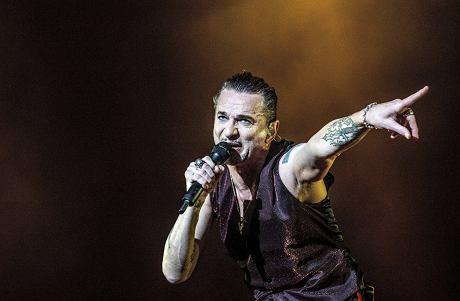 Polscy fani odtworzyli kultowy klip Depeche Mode [WIDEO]