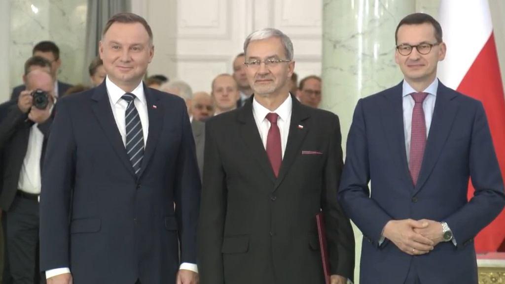 prezydent Andrzej Duda, minister finansów, inwestycji i rozwoju Jerzy Kwieciński i premier Mateusz Morawiecki