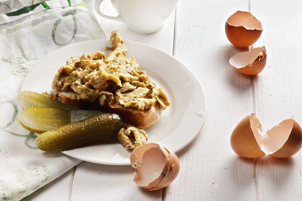 Jak zapewnić sobie dobry początek dnia? Kilka prostych pomysłów na smaczne śniadanie dla każdego