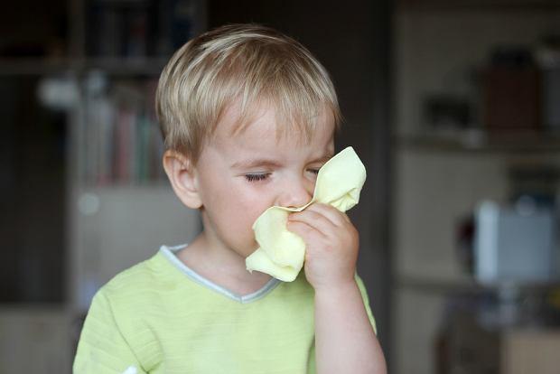 Zapalenie zatok przynosowych u dzieci. Jak radzić sobie z tą uciążliwą infekcją?