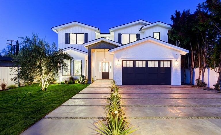 Dom Belli Thorne kupiony za 2 miliony dolarów w Los Angeles
