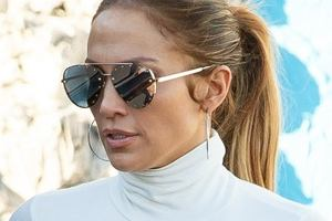 Nawet Jennifer Lopez zalicza wpadki. Okazuje się, że swoją idealną figurę zawdzięcza nie tylko ćwiczeniom