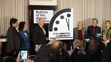 Zegar Zagłady zatrzymał się na dwóch minutach przed północą