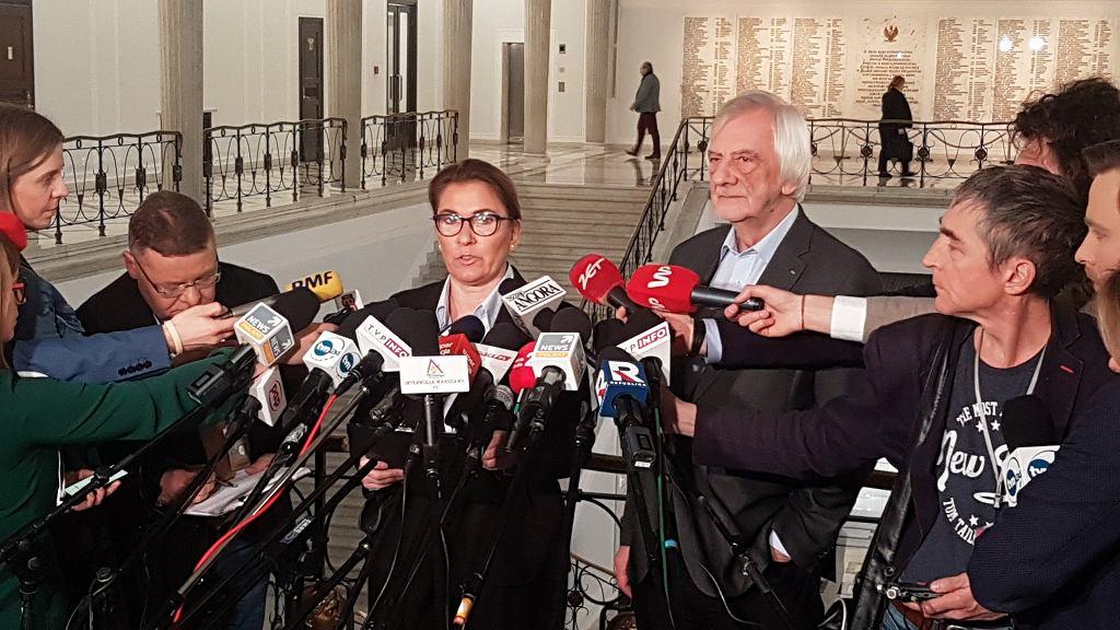 Konferencja Beaty Mazurek i Ryszarda Terleckiego w sprawie 'taśm Kaczyńskiego'