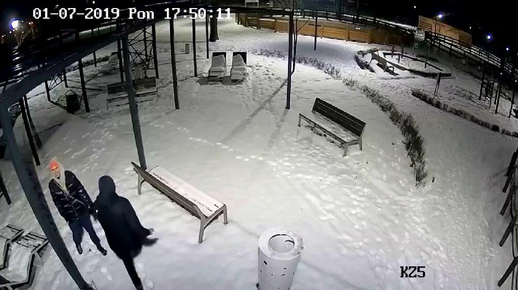 Arkadiusz Chęciński poszukiwał 'dzbanów, którzy zniszczyli sprzęt w ogrodzie polisensorycznym