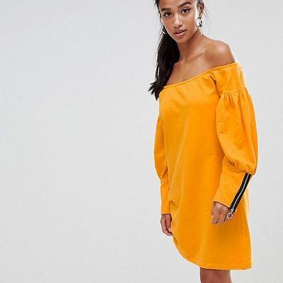 Żółta sukienka dresowa