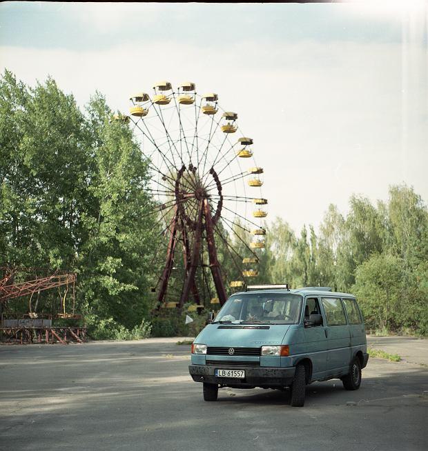 Bus VW Transporter T4 - jak mówią właściciele, cytując ogłoszenie: 'Niemiec płakał, jak sprzedawał'.