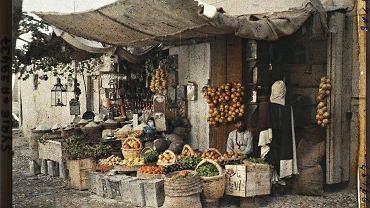 Syrie, Damas, Un marchand de fruits