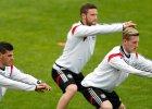 Niemiecki związek piłkarski zasłonił antyfaszystowski napis i rozwścieczył kibiców