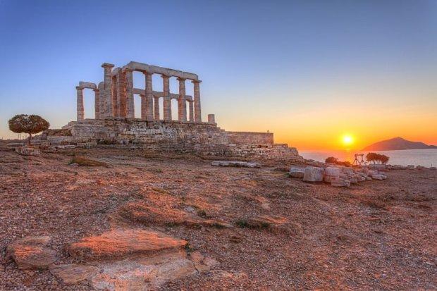 Kompleks świątyń na Akropolu - kierunek zwiedzania, którego w Grecji nie można ominąć