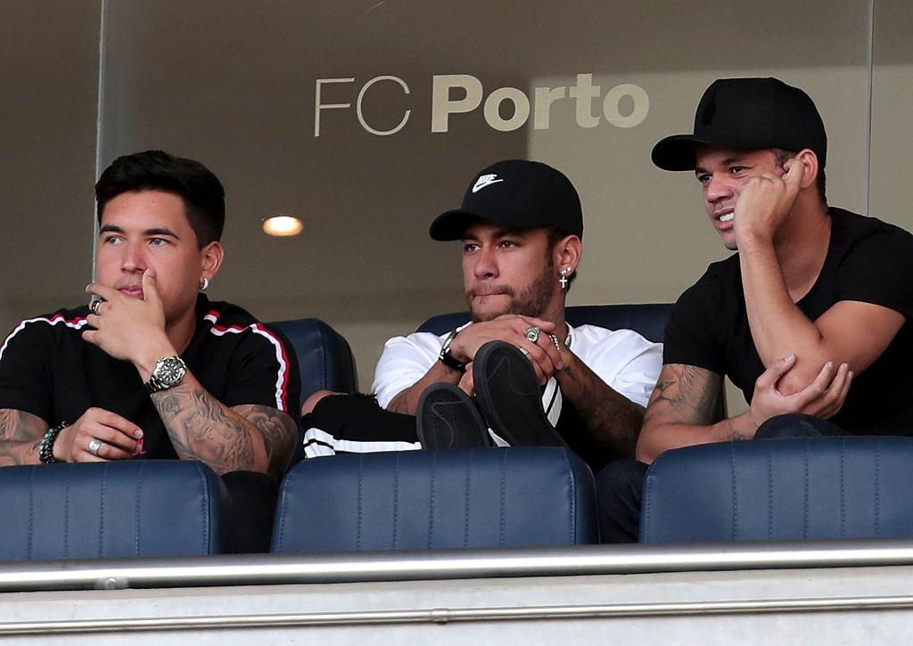 Ojciec Neymara: 'Rozmawiamy z PSG o przedłużeniu umowy'