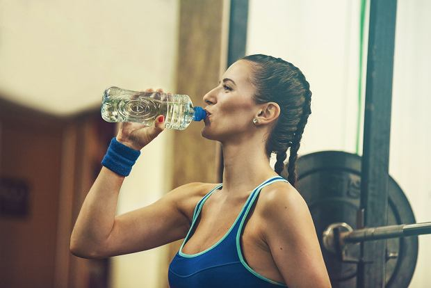 Pij ogromne ilości wody