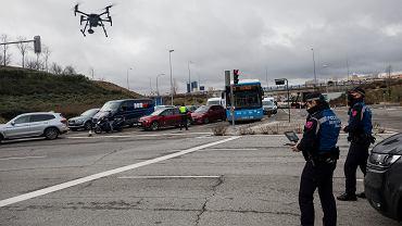 Hiszpania. Drony sprawdzą, czy mieszkańcy Madrytu stosują się do obostrzeń (zdjęcie ilustracyjne)