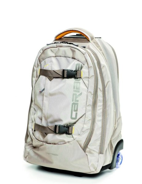 Caribee/Equip Trzykomorowa superlekka walizka na dwóch kółkach, z bardzo wytrzymałego materiału. Cena: 469 zł