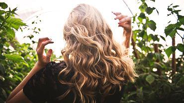 włosy. zdjęcie ilustracyjne