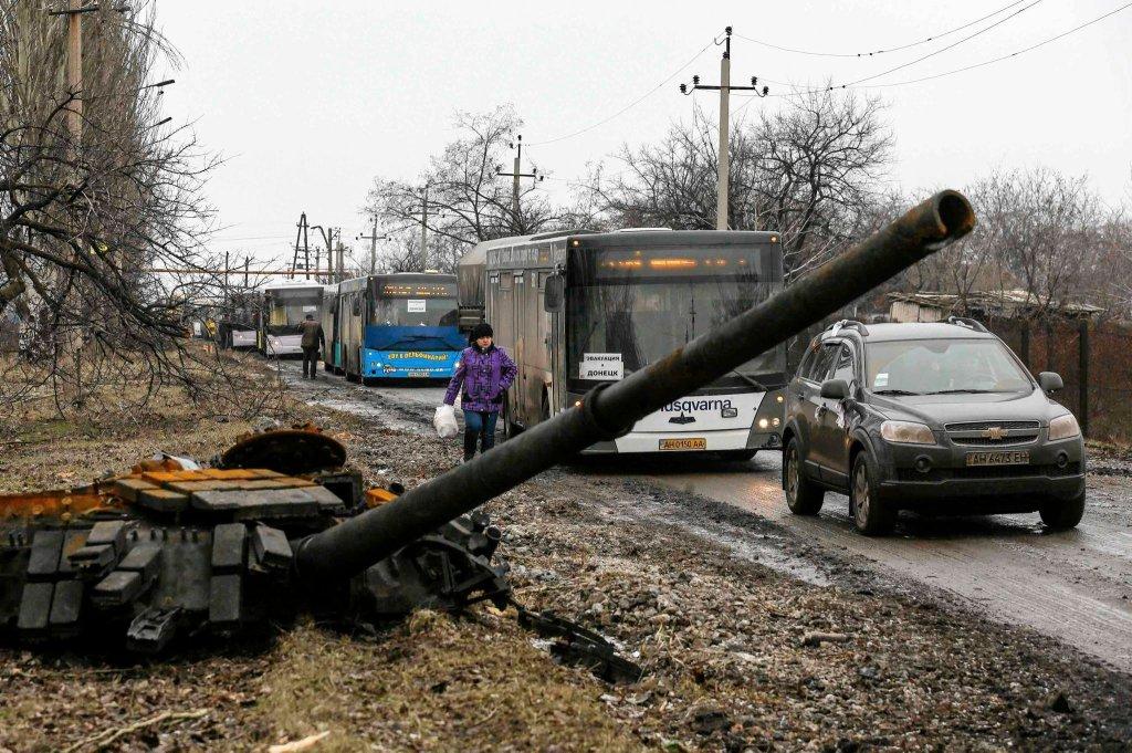 Ewakuacje mieszkańców na wschodzie Ukrainy