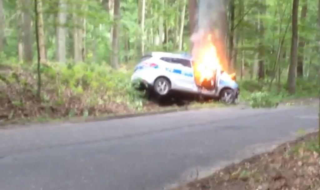 Wypadek radiowozu w pow. gorzowskim