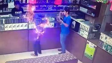 Podpalił papierosa w sklepie. Nastąpił wybuch