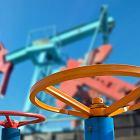 Ceny surowca spadają. Rosja zwiększa wydobycie ropy przed cięciami