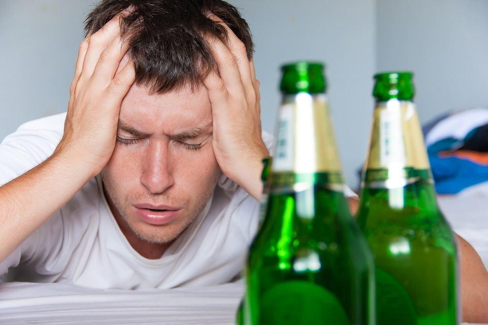 Zatrucie alkoholowe - jak sobie z nim radzić