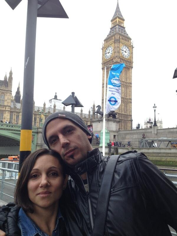 Jorge Lopez wraz ze swoją żoną Veronicą Brunati. Hiszpańska dziennikarka opublikowała to zdjęcie na swoim Twitterze po śmierci małżonka.