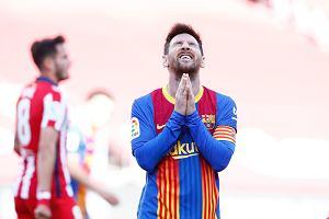 Remis Barcelony z Atletico, z którego cieszy się Real! Piękna akcja Messiego i cudowna parada Oblaka!