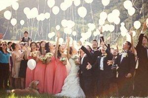 W co się ubrać na ślub i wesele? Poradnik