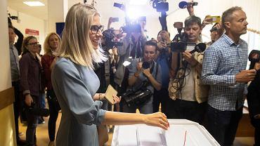 Lyubov Sobol głosuje w wyborach do Moskiewskiej Dumy Miejskiej, 8 września 2019.