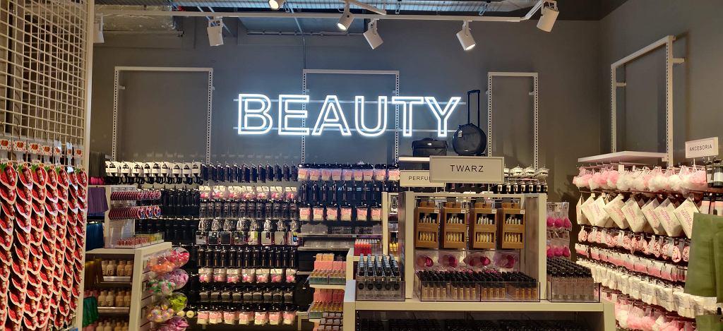 Dział z kosmetykami