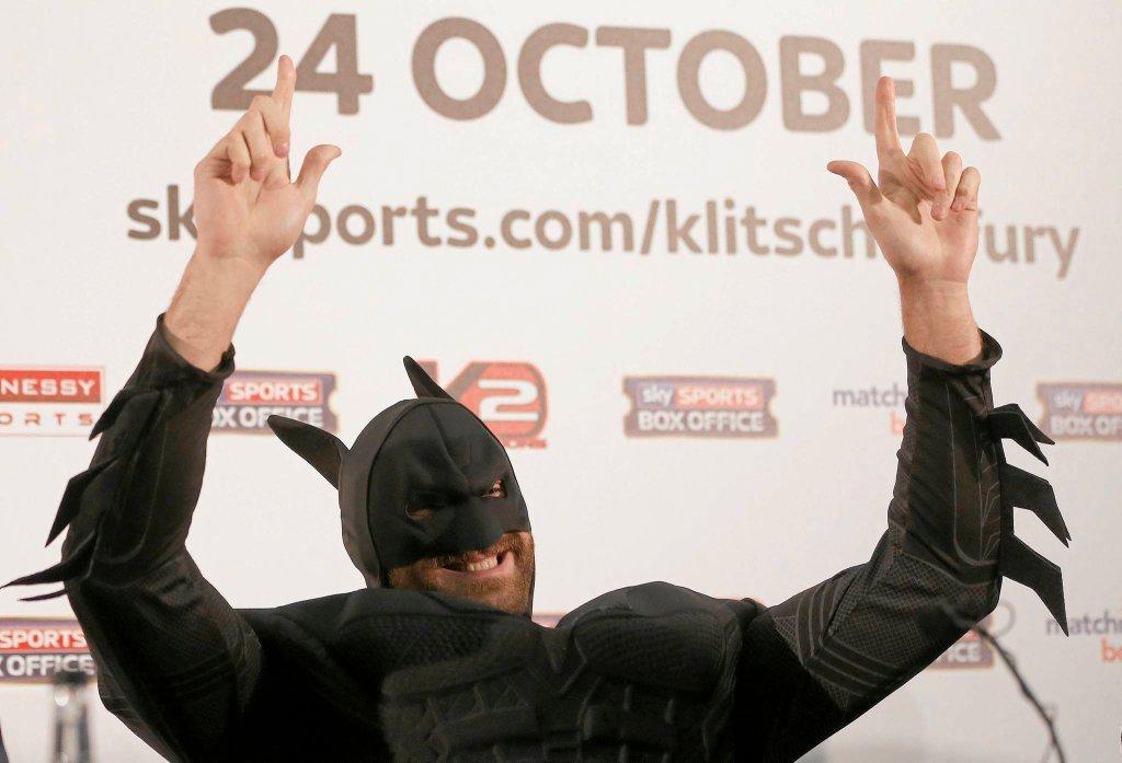 Tyson Fury w stroju Batmana