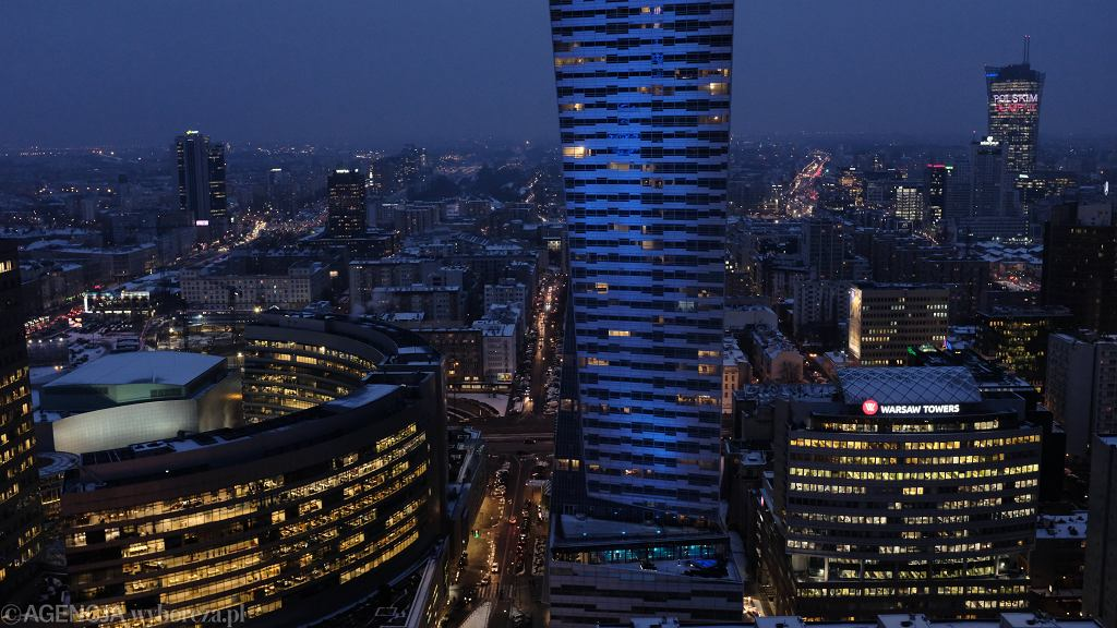 Warszawa nocą, zdj. ilustracyjne
