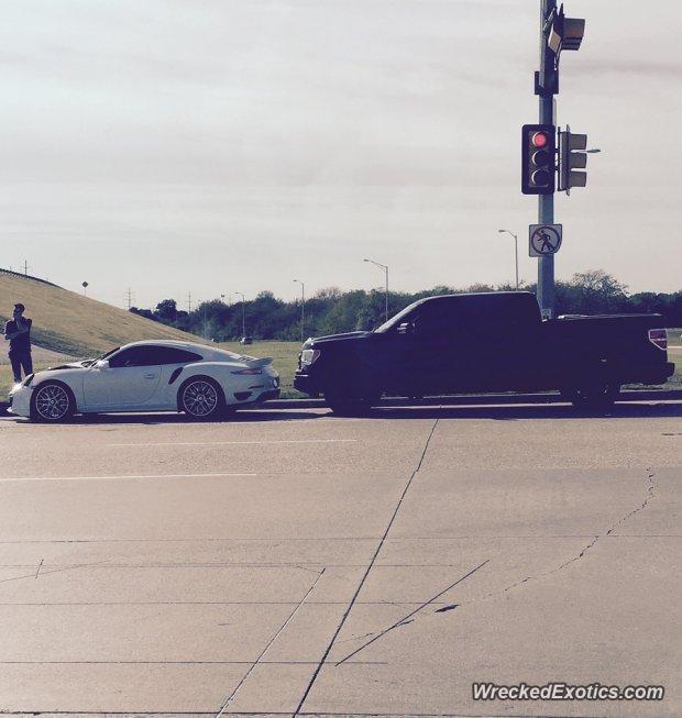 Porsche 911 w Teksasie