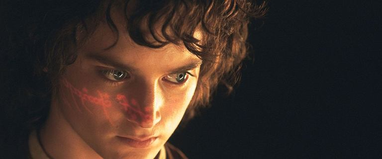 """""""Władca Pierścieni"""" miał mieć inne zakończenie. Frodo wyszedłby na oprawcę"""