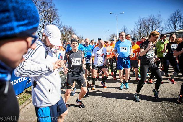 Zdjęcie numer 70 w galerii - Otwarcie sezonu biegowego w Łodzi.