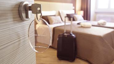 Większość hotelarzy twierdzi, że goście ich okradają