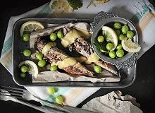 Pieczona makrela z sosem agrestowym - ugotuj